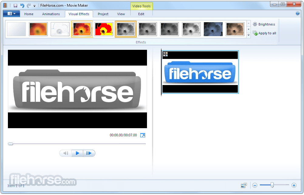 Windows Live Movie Maker 2012 16.4.3528.0331 Screenshot 2